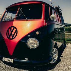 volkswagen classic cars c Bus Camper, Bus Vw, Vw Caravan, Volkswagen Transporter, Transporteur Volkswagen, Vw T1, Combi Hippie, Wolkswagen Van, Bmw 02