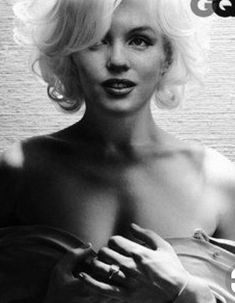 Michelle Williams as Marilyn Monroe? *****Photos: Michelle Williams GQ February 2012 Cover Story: Movies + TV: GQ ****Shirt by Stella McCartney. Robert Mapplethorpe, Annie Leibovitz, Michelle Williams, Hollywood Glamour, Old Hollywood, Photo Glamour, Marilyn Monroe Fotos, Pin Up, Michael Thompson