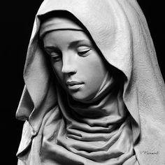 St. Gertrude - #drapery #religiousstatue #philippefaraut