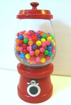 How To Make A Decorative Gumball Machine - video