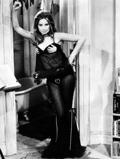 (♥) Barbra Streisand, 1970 movie still from The Owl and the Pussycat.