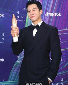 Lee Seung Gi, Arts Award, New Shows, My Hero, Awards, Korea, Suit Jacket, Singer, Actors