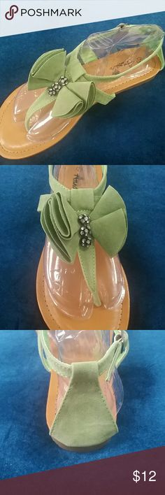 Blow Out Sale No Offers Green suede put sandals True to size Side buckle No Box bagged and shipped Shoes Sandals