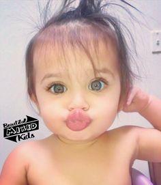 Cute Little Baby, Cute Baby Girl, Little Babies, Baby Love, Baby Kids, Cute Mixed Babies, Cute Babies, Beautiful Children, Beautiful Babies