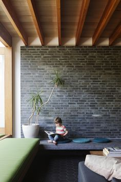 Melbourne based architecture firm, BKK Architects have renovated an existing family home into a real life, modern dollhouse in the Northcote suburb of Melbourne. Architecture Details, Interior Architecture, Interior Design, Architects Melbourne, Timber Beams, Australian Homes, House Extensions, Deco Design, Ceiling Design