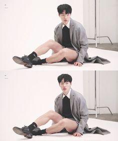 Ryu Jun Yeol Action Pose Reference, Human Poses Reference, Pose Reference Photo, Figure Reference, Anatomy Reference, Moda Lolita, Academic Drawing, Ryu Jun Yeol, Male Models Poses