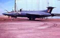 ☆ South African Airforce ✈Buccaneer ☆ Blackburn Buccaneer, South African Air Force, Army Day, Thunder And Lightning, Korean War, Air Show, War Machine, Military Aircraft, Airplanes