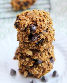 Pumpkin Chocolate Chip Oatmeal Cookies by mouthwateringfoods: No butter, oil or sugar.  #Cookies #Chocolate_Chip #Oatmeal #Pumpkin #Healthy