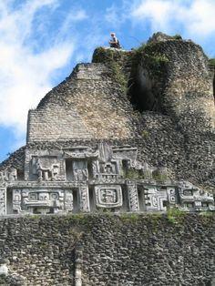 Hrs from Placencia] Xunantunich Mayan Ruin Aztec Ruins, Mayan Ruins, Ancient Ruins, San Salvador, Belize Vacations, Belize Travel, Belize City, Archaeological Site, Ancient Civilizations