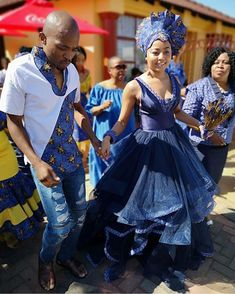 Shweshwe Dresses for African Girls 2019 - Our Nail Sesotho Traditional Dresses, African Traditional Wedding Dress, Traditional Weddings, African Fashion Designers, African Men Fashion, African Fashion Dresses, Ankara Fashion, African Wedding Attire, African Attire