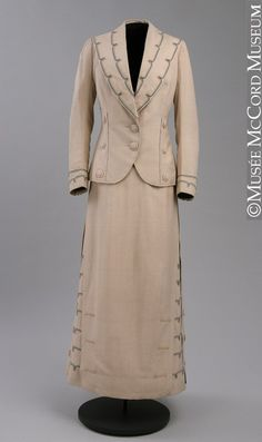 """""""Suit About century"""". Edwardian tailored suits were often very finely and elegantly finished, like this one, with special touches such as rows of buttons, shaped pockets, and interesting collar and cuff details. Edwardian Clothing, Edwardian Dress, Antique Clothing, Historical Clothing, Edwardian Era, Victorian, 1900s Fashion, Edwardian Fashion, Vintage Fashion"""