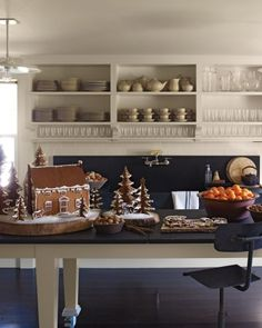 Downloadable templates for gingerbread trees and houses from Martha Stewart's kitchen.