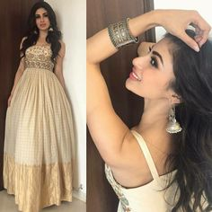 Party Wear Indian Dresses, Designer Party Wear Dresses, Indian Gowns Dresses, Kurti Designs Party Wear, Dress Indian Style, Indian Fashion Dresses, Wedding Dresses For Girls, Indian Wedding Outfits, Indian Designer Outfits
