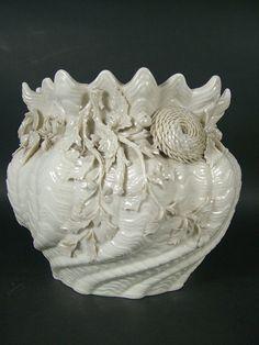 More Irish Belleek porcelain.  (История вещей, костюма, искусства, мебели, интерьера и быта от художника кино. - Белый фарфор BELLEEK.19-20 век.)