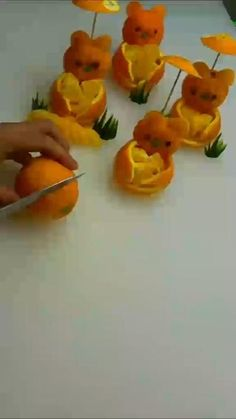Fruit Decorations, Food Decoration, Food Crafts, Diy Food, Food Design, Design Ideas, Bag Design, L'art Du Fruit, Fruit Food