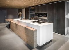 Our design - Culimaat - High End Kitchens Kitchen Room Design, Modern Kitchen Design, Kitchen Interior, Home Interior Design, Kitchen Decor, High End Kitchens, Black Kitchens, Latest Kitchen Designs, Kitchen Seating