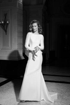 Wedding Dress Crafts, Wedding Dress With Veil, Wedding Gowns, Bridal Dress Shops, Bridal Dresses, Girls Dresses, Mermaid Gown, Mermaid Dresses, Honeymoon Style