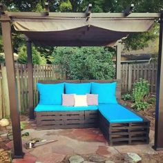 Pallet Patio Furniture amazing uses for old pallets - 13 pics | uses for old pallets