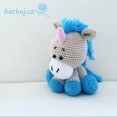 Český návod na háčkovaného jednorožce Hello Kitty, Crochet Toys, Crochet Ideas, Anna, Amigurumi, Pony, Crocheted Toys