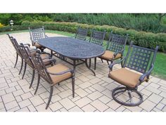 9pc Belmont Outdoor Oval Dining Table Set.