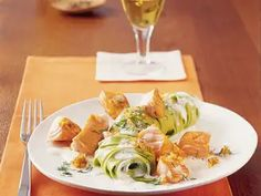 Bandnudeln mit Lachs-Dill-Sauce Dill Sauce, Bastilla, Cabbage, Chicken, Meat, Vegetables, Recipes, Food, Drinks