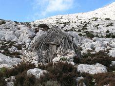 Gennargentu snc - Sardinia Adventures - Villaggio Tiscali Gola GorroppuVillaggio Tiscali Gola di Gorroppu – GENNARGENTU SNC Dorgali Sardegna   Trekking – Escursioni Speleologia Immersioni subacquee