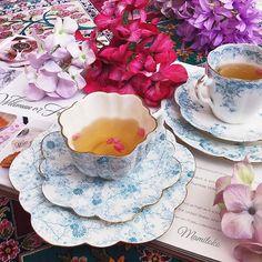 Wileman Foley tea cups 💙