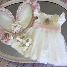 Hermoso Girls Dresses, Flower Girl Dresses, Baby Frocks Designs, Frock Design, Maternity, Wedding Dresses, Ideas, Fashion, Dresses Of Girls