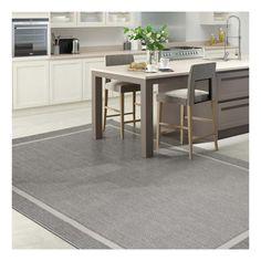Alfombra de polipropileno para interior y exterior de diseño tranquilo y liso en color gris. Alfombra moderna, práctica y fácil de limpiar.