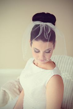 Tulle Birdcage veil with pearls by SEveils on Etsy, $53.00