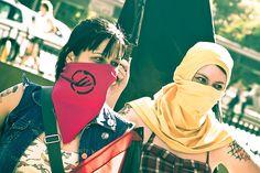 A Marcha das Vadias vem publicamente manifestar o seu apoio à Pussy Riot e celebrar o feminismo.
