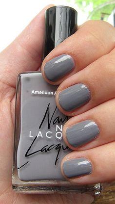 fingernail polish with wedding colors