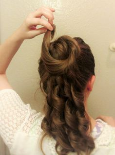 Simple 1870s hair style - could braid and loop rather than curl?