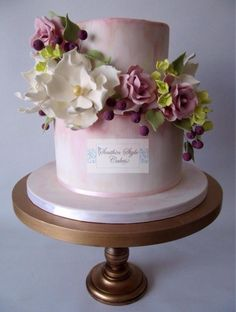 Gumpaste Flowers - Cake by Denise