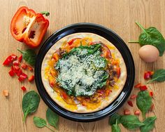No matter your fitness goals, one of these 4 DIY pizza recipes is sure to fit your macros! Entree Recipes, Pizza Recipes, Low Carb Recipes, Cooking Recipes, Healthy Recipes, Protein Recipes, Healthy Foods, Clean Eating, Healthy Eating