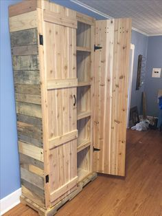 Transcendent Dog House with Recycled Pallets Ideas. Adorable Dog House with Recycled Pallets Ideas. Wooden Pallet Projects, Diy Pallet Furniture, Furniture Projects, Wood Furniture, Home Projects, Pallet Ideas, Furniture Dolly, Furniture Market, Furniture Online