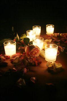 #Velas y #rosas para un #ambiente tranquilo. #velas