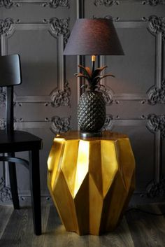 Classical Louis XV Panelling Wallpaper Grey, Old Gold Carambola Side Table and pineapple lamp Vintage Style Wallpaper, Grey Wallpaper, Pineapple Lamp, Interior And Exterior, Interior Design, Dark Interiors, Interior Stylist, Decoration, Interior Inspiration