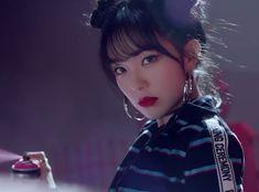 Kpop Girl Groups, Korean Girl Groups, Kpop Girls, Seulgi, Red Velvet Photoshoot, Red Velet, Red Velvet Irene, Velvet Fashion, Bad Boys