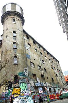 Paris 13 - rue neuve tolbiac - les frigos - street art