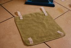 If You Give a Girl a Needle: Steam Mop Pads from Towels (Quick and Easy Tutorial) Mop Pads, Steam Mop, 8 Months, Towels, Projects To Try, Easy, Pug, Hand Towels, Towel