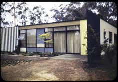 Entenza residence, Pacific Palisades, Calif., 1949. http://digitallibrary.usc.edu/cdm/ref/collection/p15799coll42/id/745  Exterior photograph of  residence of John Entenza (Art & Architecture Case study house #9), 205 Chautauqua Boulevard, Pacific Palisades, California, 1949. Designed by Eames and Saarinen, Associated Architects.
