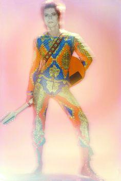 1972 - David Bowie 70s (photo by Brian Duffy). Angela Bowie, David Bowie, Duncan Jones, Brian Duffy, David Jones, Ziggy Played Guitar, Major Tom, Ziggy Stardust, Adore You