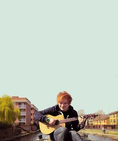 Look at how sweetly he plays the guitar! | 18 Reasons Why Ed Sheeran Is Perfect Boyfriend Material