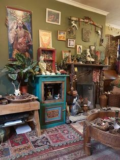 Top 10 Amazing Witchy Apartment Decor Ideas