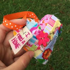 I found a quilted heart today on UNC Greensboro's campus today! Thank you to the sweet hearted for the act of kindness and the smile today. #ifaqh #ifoundaquiltedheart