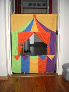 circus puppet theatre