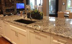 Cutting Lennon Granite Countertops in the Plaza — Home Furniture Ideas Granite Slab, Granite Kitchen, Kitchen Reno, Granite Countertops, New Kitchen, Kitchen Remodel, Kitchen Counters, Kitchen Islands, Kitchen Ideas