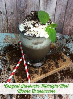 Copycat Starbucks Midnight Mint Mocha Frappuccino Recipe - Mom Knows It All - From Val's Kitchen Mint Mocha Recipe, Mocha Frappe Recipe, Frappuccino Recipe, Starbucks Recipes, Starbucks Drinks, Coffee Recipes, Fondue Recipes, Vitamix Recipes, Copycat Recipes