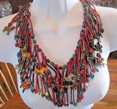BEADED African TRIBAL STYLE NECKLACE, ANIMALS, Glass Beads, Wood Beads, 21 inchs #Unbranded